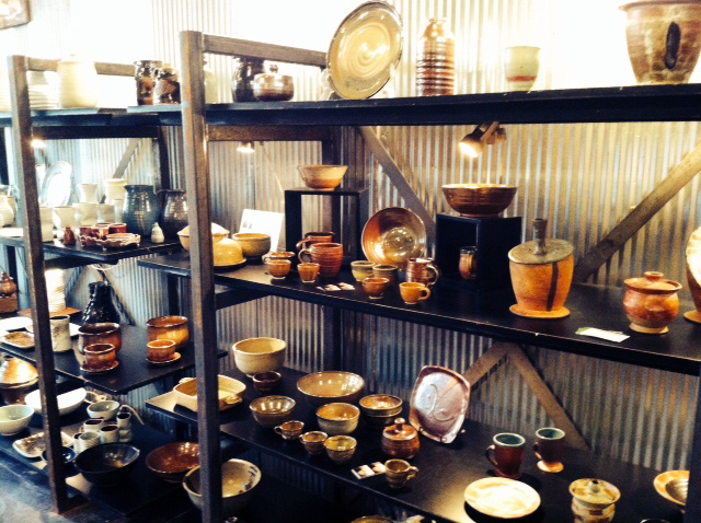 Pottery, shop local, ceramics, art, kingfiled, Lynn lake, Whittier